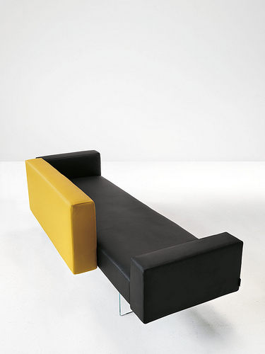Lago Air Sofa 404 2